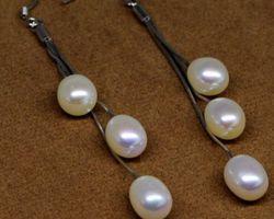 Boucles d'oreilles en perle blanche/multi-couleur,vermeil