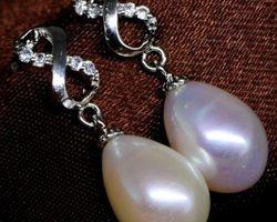 Boucles d'oreilles en perle blanche,vermeil | 32