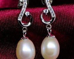 Boucles d'oreilles en perle blanche/rose/lavande