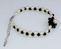 Bracelet en perle blanche | 54