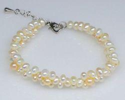 Bracelet en perle blanche | 56