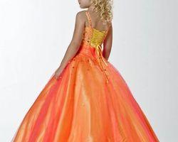 Robes pour petite demoiselle d|honneur orange